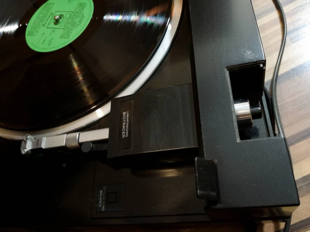 Gramofon tangencjalny Sony PS-X555es kalibracja